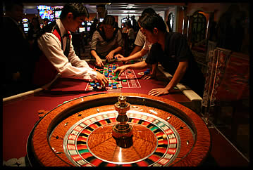 College Students Get System To Beat Roulette Wheel Win $96K